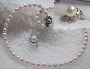 真珠ネックレスとリングです